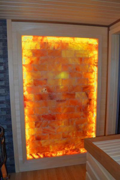 Панно из гималайской соли Натур плитка, 1000х1800 мм, с цветной подсветкой - светодиодная лента RGB до 100 град + п.у., без клеевая основа, рамка деревянная (абаш/липа/осина)