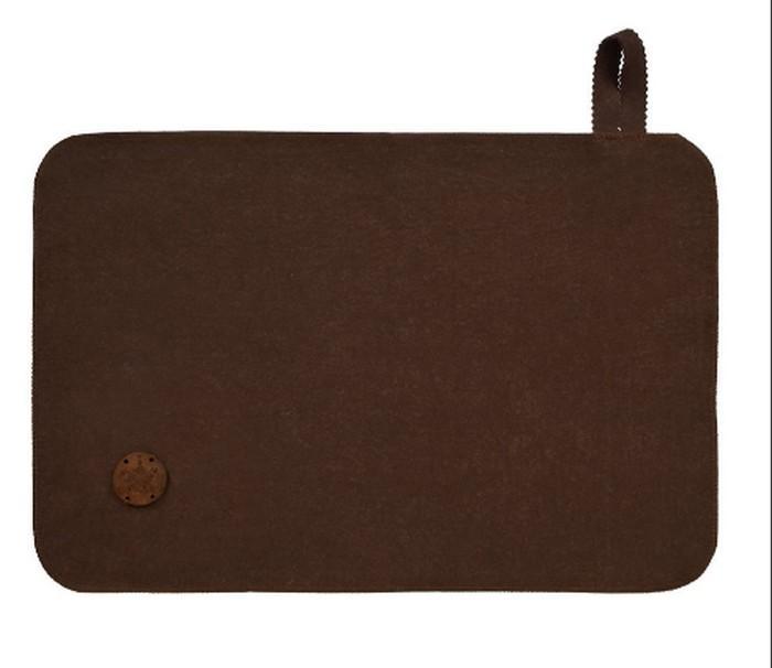 Коврик коричневый с деревянным логотипом Банные Штучки, войлок 100процентов, 41418