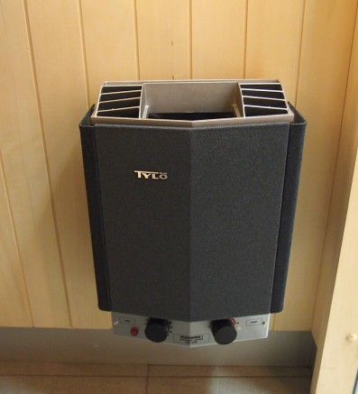 Электрическая печь для сауны Tylo COMPACT 2/4 1x230V, 2x400V+N (встроенный пульт), 62202000