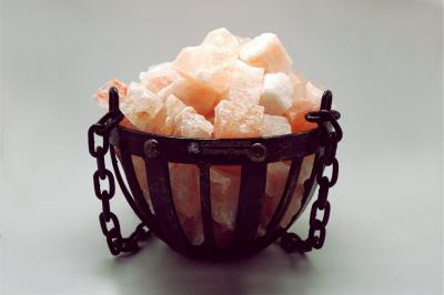 Подвес чаша кованая с гималайской солью